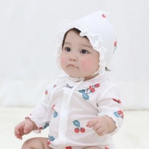 Merebe嬰兒遮陽帽-櫻桃圖案