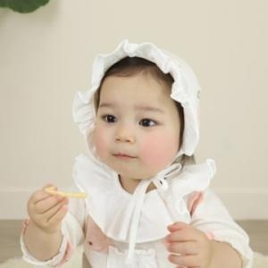 Merebe嬰兒遮陽帽-粉桃圖案