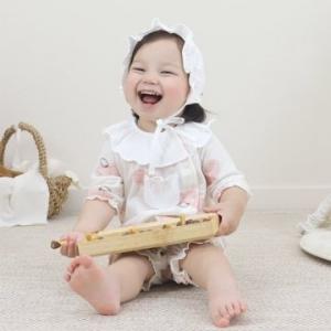 Merebe嬰兒連身裝 -粉桃圖案
