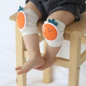 Merebe嬰童學爬學步護膝墊-紅蘿蔔